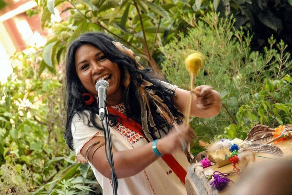 La Malinche Cantante - La Malinche y su Tambora